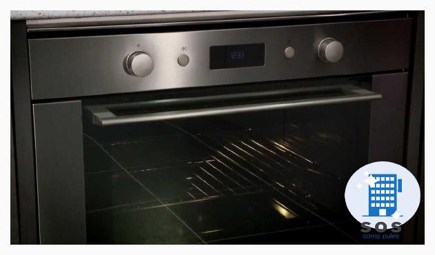 pulire forno sportello