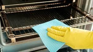 Come pulire forno molto sporco e sgrassare il forno